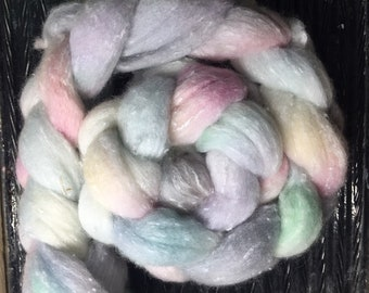 Frozen Pond 4 oz South American/viscose Combed Top