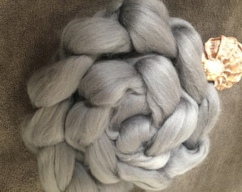 Silver 4 oz Corriedale Combed Top