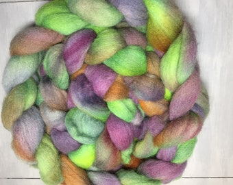 Cantina - Hand Dyed Cheviot Combed Top Spinning/Felting Fiber