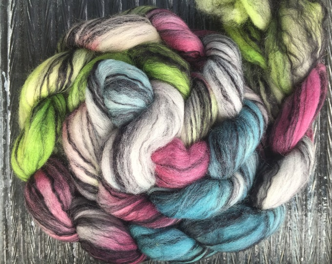 Twitchy Witch 4 oz Merino/Bamboo Combed Top