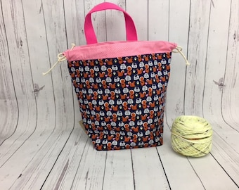 Squirrels Bucket Bag, Knitting project bag, Crochet project bag,  Zipper Project Bag, Yarn bowl