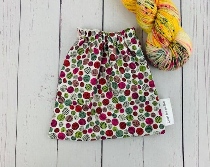 Multi Yarn Balls, Yarn Ball bag, Yarn Bowl, Yarn Holder, Yarn cake Bag, Holds Yarn Mini-Most Bulky