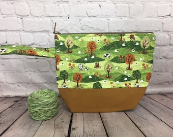 Sheep cows on the farm w/ Full length pocket, Knitting project bag, Crochet project bag,  Zipper Project Bag, Yarn bowl