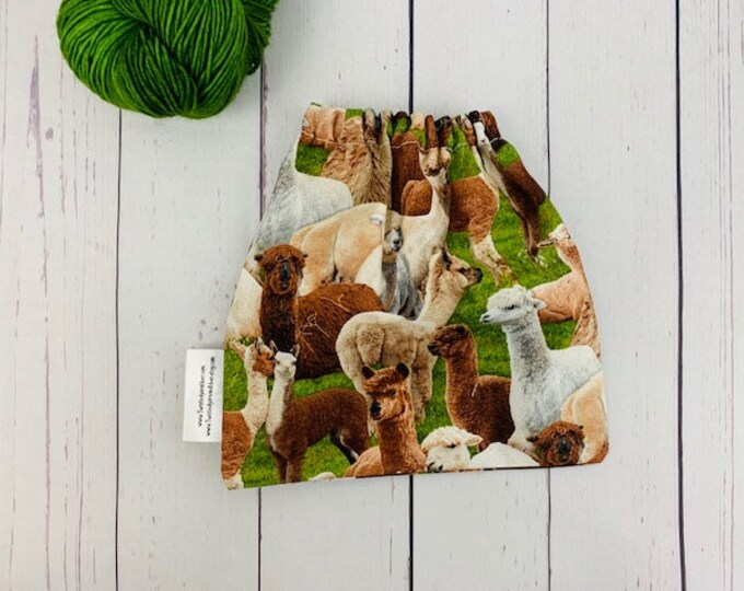 Alpacas, Yarn Ball bag, Yarn Bowl, Yarn Holder, Yarn cake Bag, Holds Yarn Mini-Most Bulky
