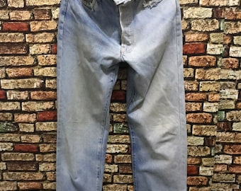 ebdf78683bc Vtg 80s Levis Selvedge Top Button 524 Rindem Made in Usa Distressed Jeans  Kurt Cobain
