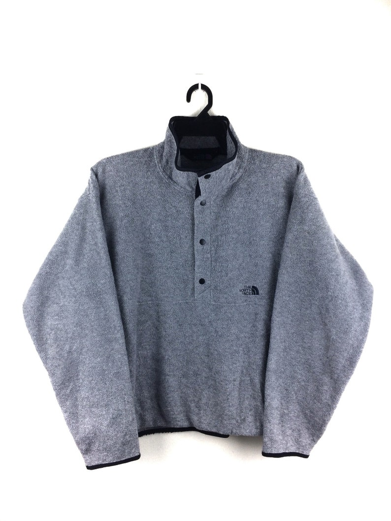 c350375ee HOT SALE !! The North Face Armadilla Pull Over Snap Button Small Logo