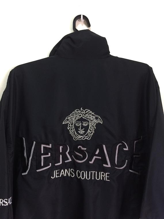 Jeans Logo Chaude Brodé Vente Couture Versace Medusa n0xwpF
