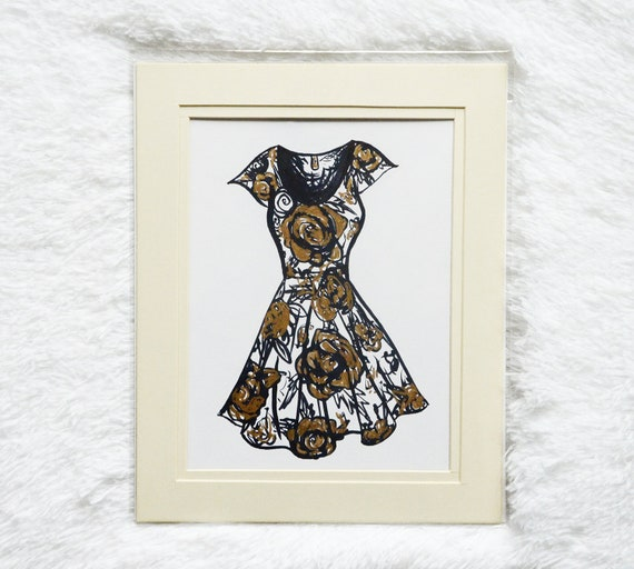 Gold Flower Dress 6x8 Illustration with 8x10 Mat