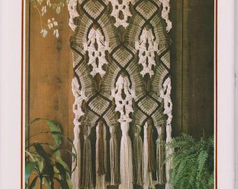 Macrame Wall Hanging Pattern. Vintage 1970's. PDF Instant Digital Download. Fiber Craft