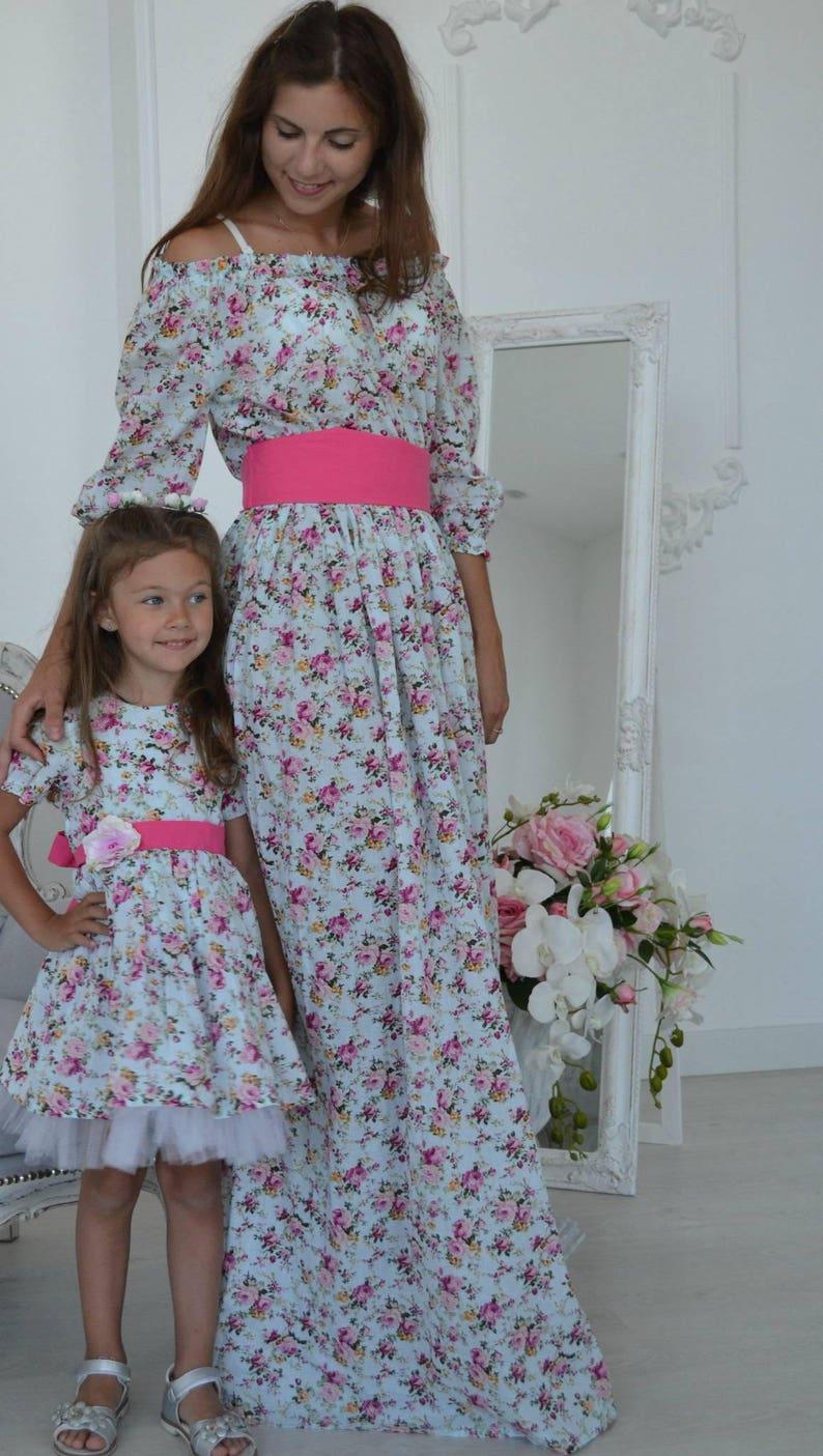 6aacecb17 Floral Maxi algodón vestidos de mamá y Me vestidos trajes