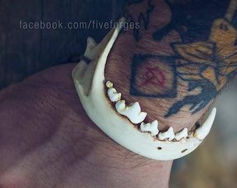 Fox jaw bracelet