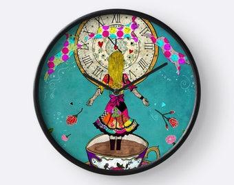 Alice's Dream, Alice in Wonderland Clock, Alice in Wonderland Decorations, Alice in Wonderland Wall Decor, Alice in Wonderland Gifts