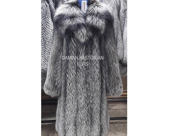 SILVER fOX fUR Coat FULL SKIN With Collar
