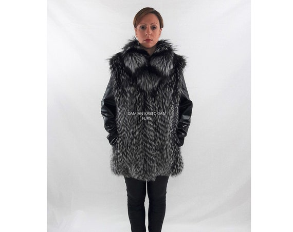 SILVER fOX fUR jacket/fur coat/fur vest/with collar/vest and jacket/detachable leather sleeves/full skin/christmas gift/present gifts/fur