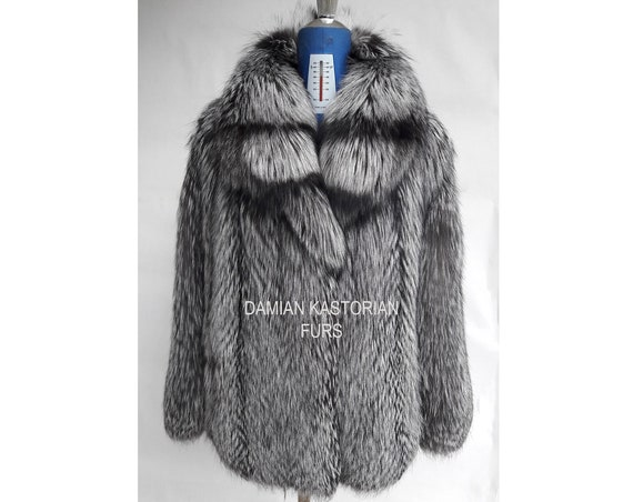 BRAND NEW!! SiLVER fOX fUR COAT full skin with collar