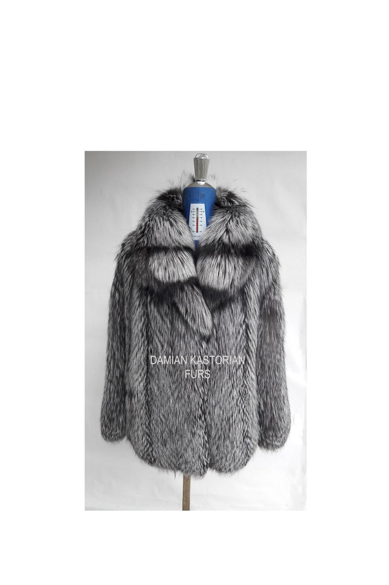e0fb12135 SILVER fOX fUR COAT/full skin/collar/fur coat/fox fur | Etsy