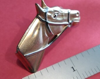 Vintage SWANK race horse tie clip