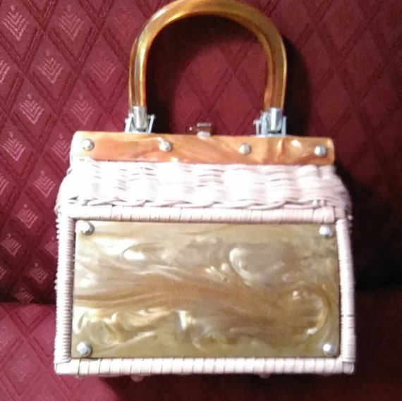 Vintage, Lucite Trimmed, Purse. Like New Condition