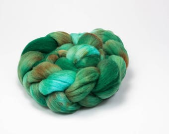 Hand Dyed Falkland Top (Roving)