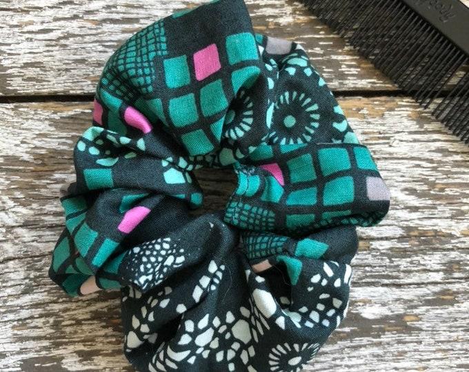 Grid Hair Scrunchie/Hair Tie/Hair Elastic/Hair Accessories/Hair Scrunchie/Scrunchie