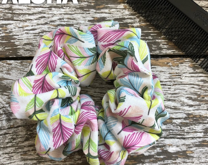Feather Hair Scrunchie/Hair Tie/Hair Elastic/Hair Accessories/Hair Scrunchie/Scrunchie