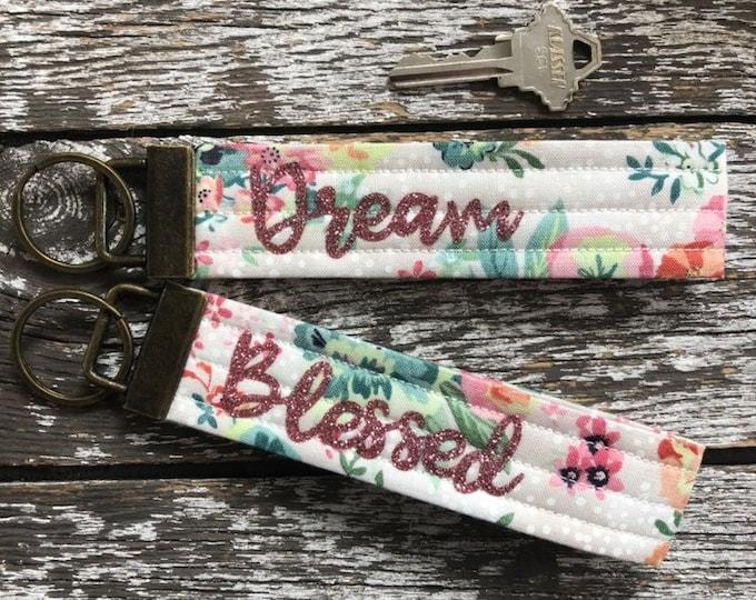 Vintage Floral Fabric Key Fob/Key Chain/Fabric Key Fob/Key Ring/Luggage Tag/Stocking Stuffer/New Driver Gift/Bag Tag/Keyring/Wristlet