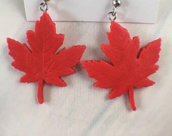 Maple leaf earrings, canada day earrings, canadian earrings