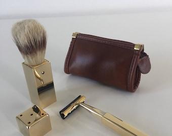 Travel shaving set
