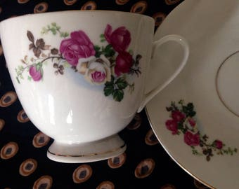 Vinatge Tea Cup and Saucer