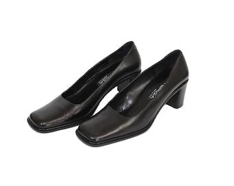 a6bf5746bb47 Via Spiga Black Vintage Leather Heel Shoes Size 6 Us