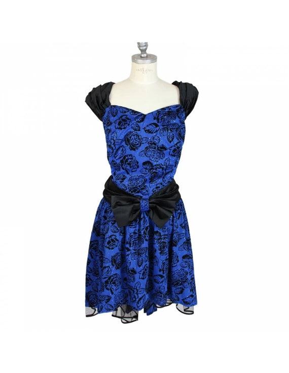 Vintage Blue Floral Ceremony Sartorial Oversize Dr