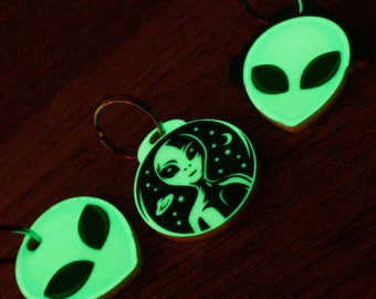 Alien Head Embroidered Sew On Patch X Files Greys Roswell UFO I Want To Believe