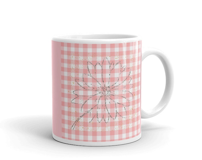faded flower on pink chex Mug