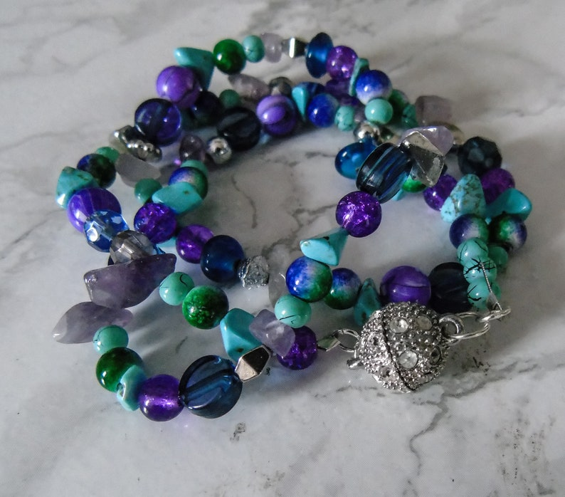 A Hand Crafted Wrap Bracelet with Multiple Beads in Purple Free/&Faster Shipping Diamente Strong Magnetic Clasp* Turquoise+Beads