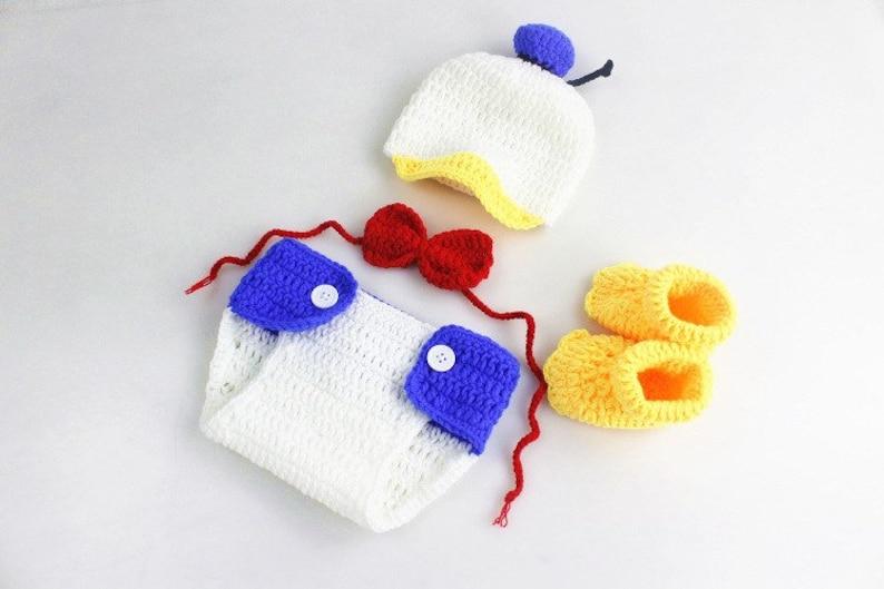 9d5c6e7cd Crochet Donald Duck Baby photo outfitBaby girl/boy Disney | Etsy