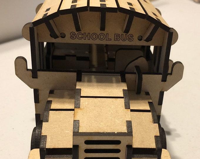 School Bus Model / Puzzle