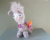 Alfons de Alpaca: Handmade crochet toy