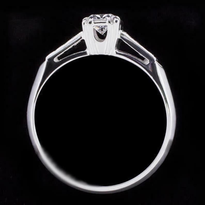 Engagement Ring Woman/'s Engagement Ring Milgrain Illusion Set Vintage Ring Round Cut Diamond Retro Wedding Ring Seven Stone Diamond Pre