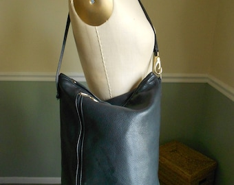 Bucket Bag / Stone Mountain