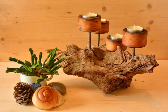 """Rustic style """"Castellà"""" wooden candle holder."""