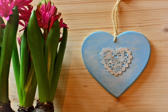 "Shabby chic style ""Lacy heart"" wooden decorations."