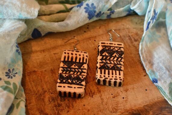 Rustic/ethnic style balsa wood earrings.