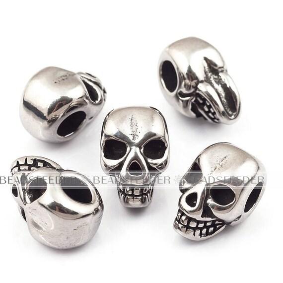 2pcs perle tête de mort acier inoxydable, têtes de mort, les hommes Bracelet breloques, pendentifs, parfaitement pour le cordon en cuir de 4mm, 12.5