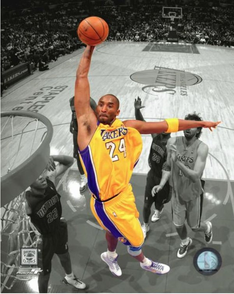 8c684b82fa15 Kobe Bryant Los Angeles Lakers Spotlight Dunk Official 8x10