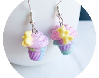 Flowered Charm Earrings\uff5cPolymer Clay Earrings with Brass Charm