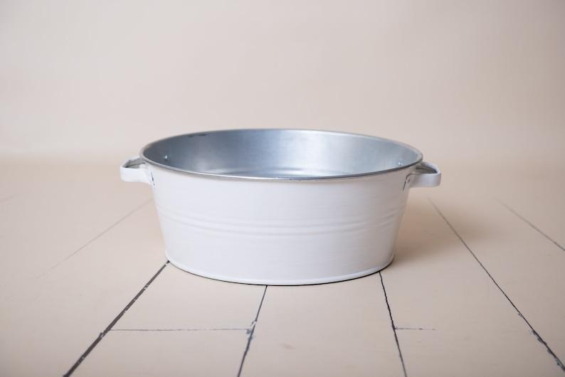 Metal Washtub Perfect for Newborn Baby Photographer White