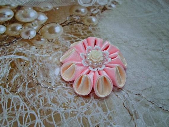 Fleurs en tissu Kanzashi. Lot de 2 pinces à cheveux. Couleur de rose. Kanzashi fleurs roses. Pinces à cheveux Rose fille.