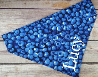 Blueberry Bandana / Fruit Dog Bandana / Dog Bandana / Cat Bandana / Summer Dog Bandana / Blue Dog Bandana / Over the Collar / Dog Scarf