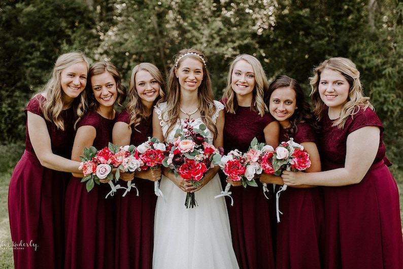 Short burgundy lace dress. Short bridesmaid dress knee length image 0