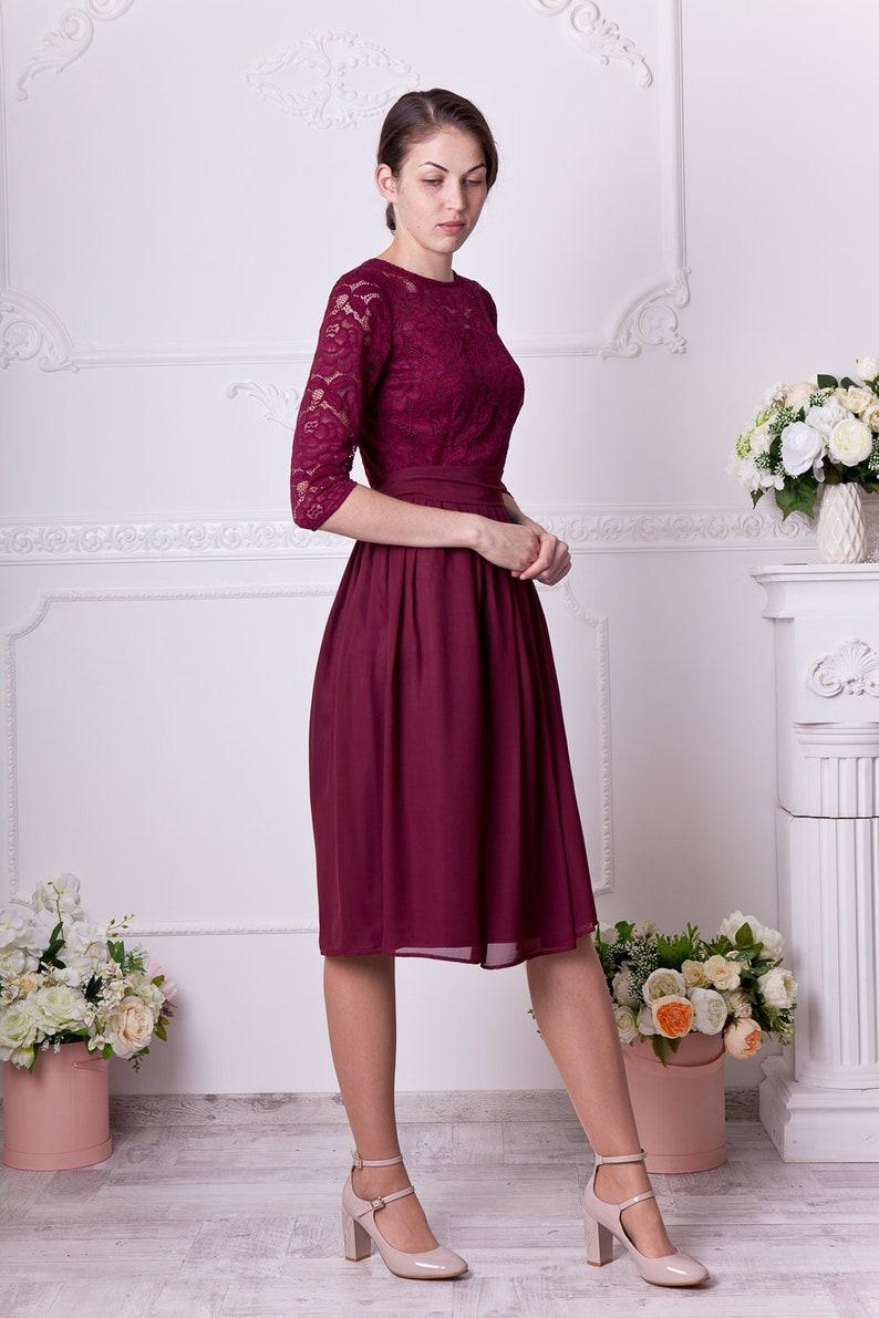 fc483ca87e9 Short Knee Length Lace Dress - Gomes Weine AG